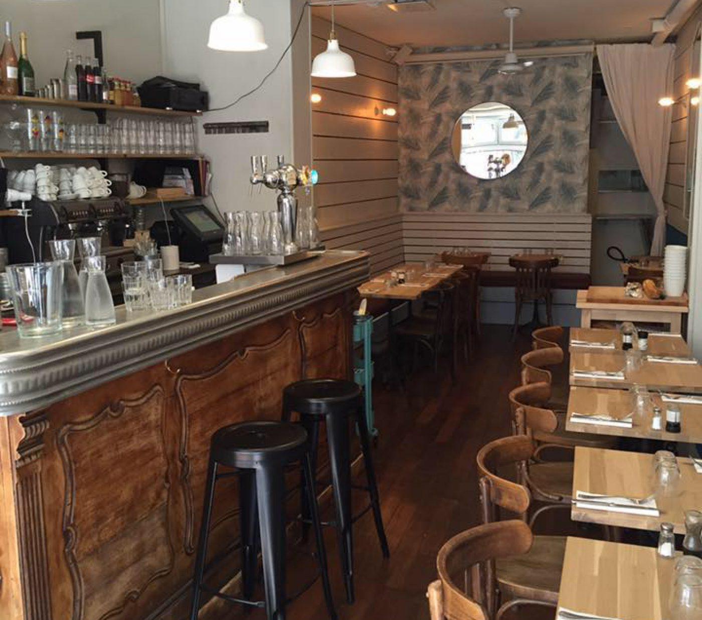 Le Charonne Café